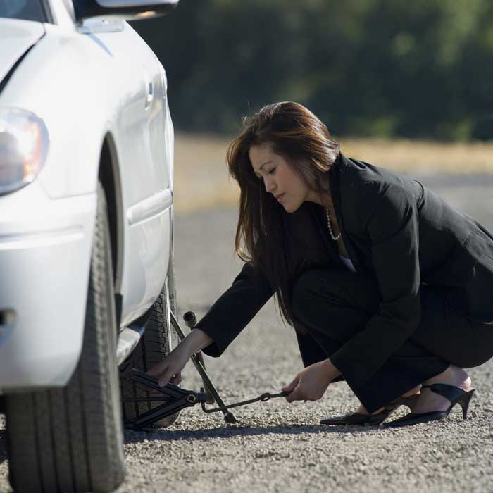 weekly pregnancy photo ideas - How to Change a Tire Life Hacks 17 Things Every Woman