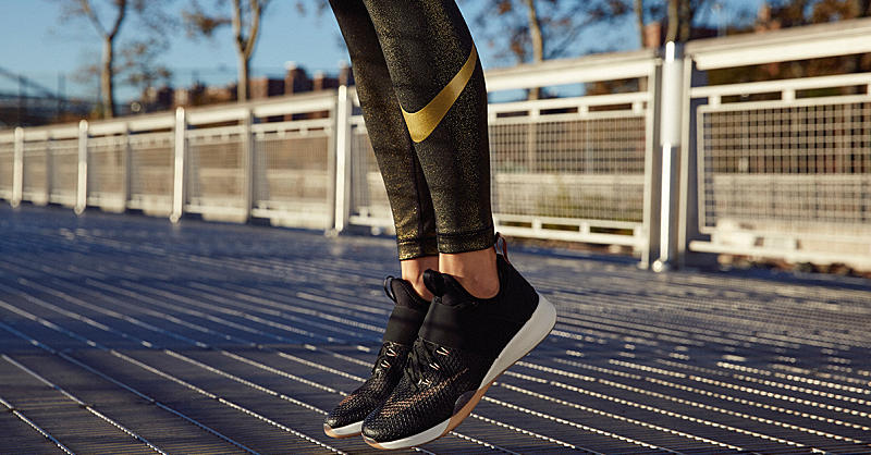 nike free tr 6 women's black and gold