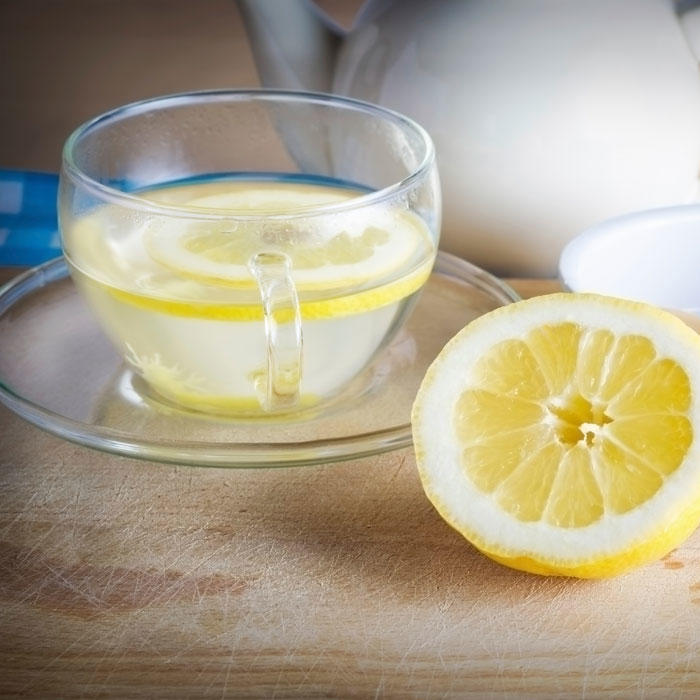 how to drink hot water and lemon in the morning