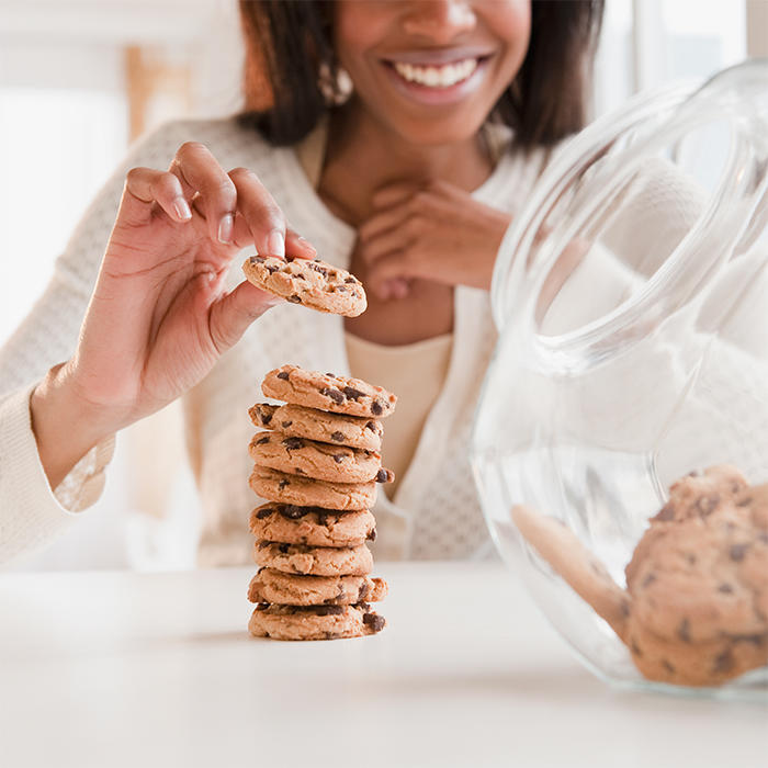 The truth about junk food binges - Health Savvy