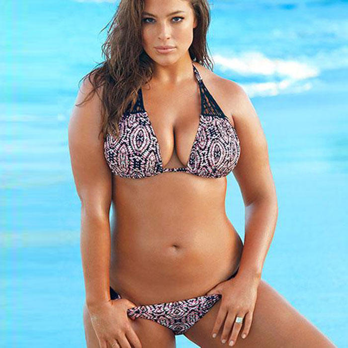 Ashley Graham Named A Sports Illustrated Swimsuit Rookie