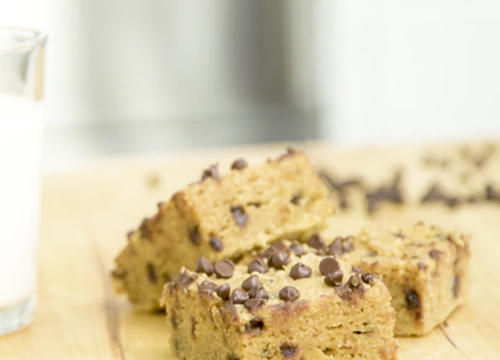 Pumpkin Chocolate Chip Bars for a Naturally Sweet Dessert (Or Breakfast)