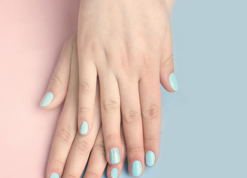 5 Ways to Make Gel Manicures Safer for Your Skin and Health