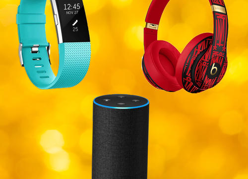 Amazon's Last-Minute Deals On Christmas Gifts Are Here—So, Go Grab Your Wallet