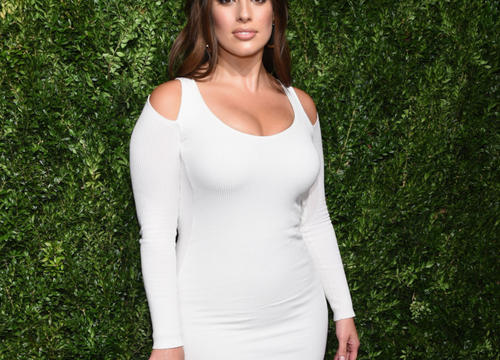 Whoa, You Have to See This Cool Machine Ashley Graham Used During a Recent Workout