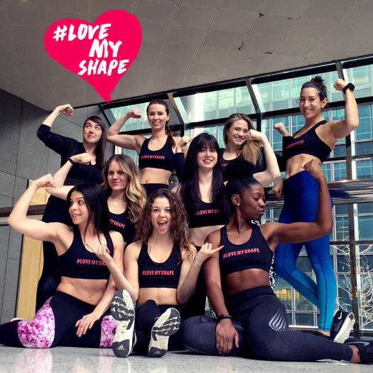 36e6c53041a51 These Women Show Why the  LoveMyShape Movement Is So Freakin  Empowering