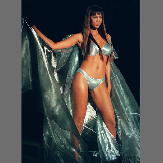 Tyra Banks On The Runway: Top Swimsuit Models: Where Molly Sims, Heidi Klum