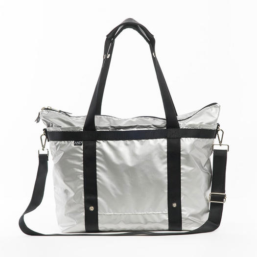 Andi New York Large Signature Bag