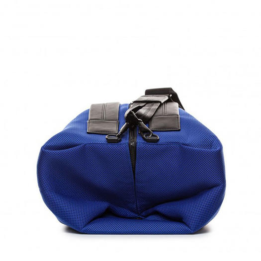 Gym Bag Lorna Jane: 15 Fashionable Gym Bags To Shlep Your Workout Gear In