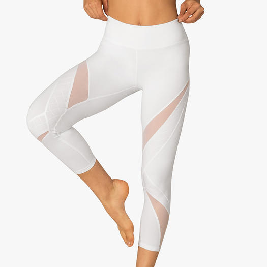 Calvin Klein women's performance wear is engineered with innovative stretch and quick-dry, moisture wicking for the ultimate in comfort. Optimize your workout style with sports bras, bodycon cropped high waisted leggings and pullover sweaters.