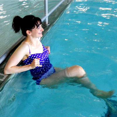 How To Burn Calories In The Pool Without Swimming A Single