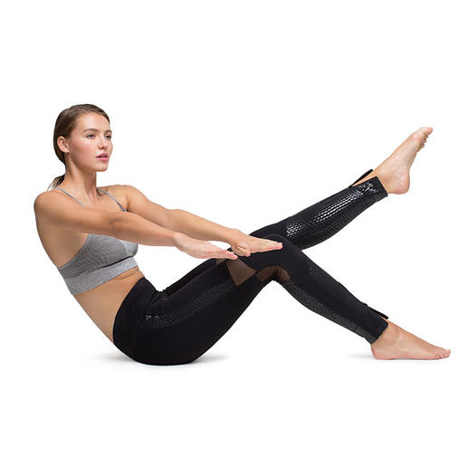 The Reinvented Pilates Workout For A Strong Core And Sleek