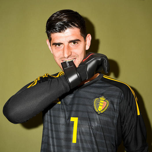 Thibaut Courtois hot soccer player