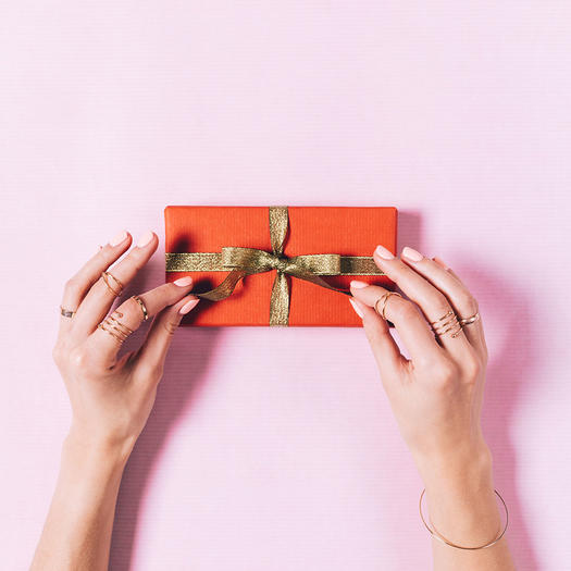 gift giving incentive for weight loss motivation