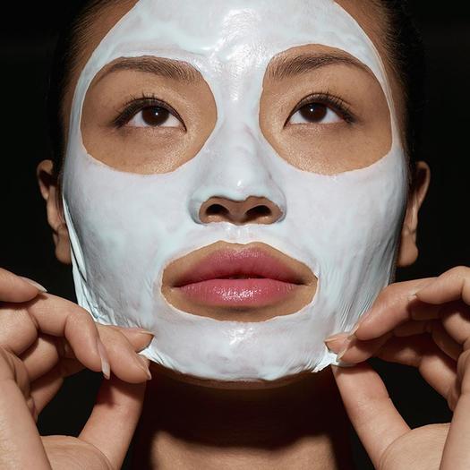 Beauty facial peel