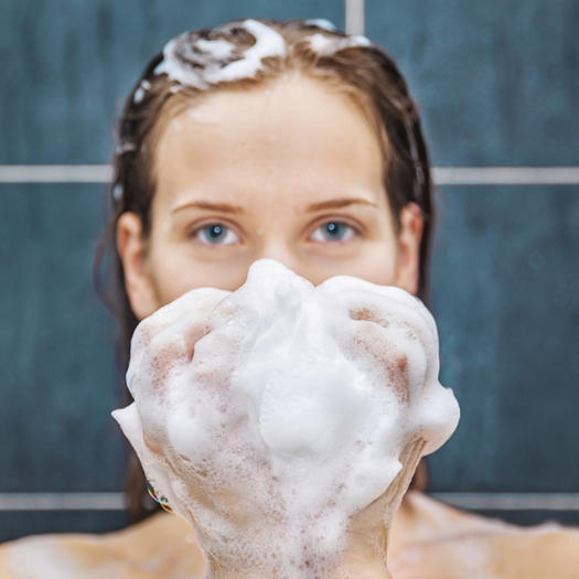 8 Hair-Washing Mistakes You May Be Making