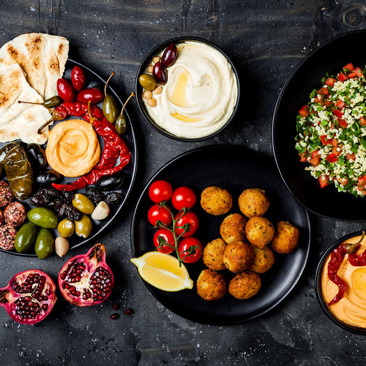 Mediterranean Diet Snacks That You Can Buy or Make at Home