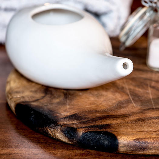 neti pot for natural sore throat remedy