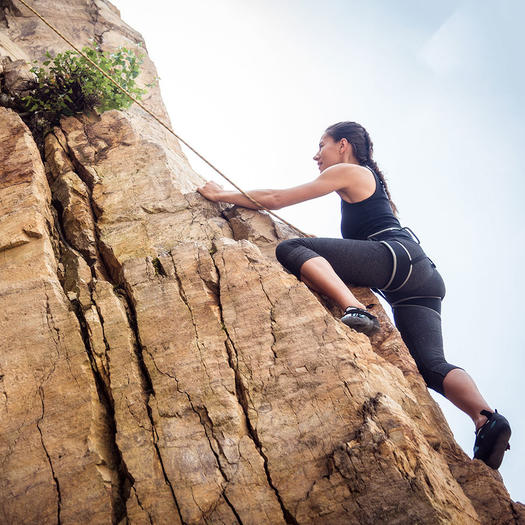 Beginner Rock Climbing Gear You Need to Get Started In the Sport ... bb7b527440fb