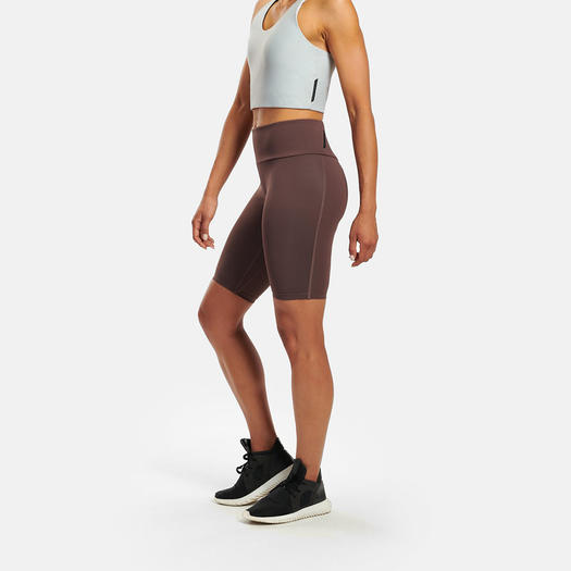 b183b70100d1 Wine-Colored Workout Clothes Perfect for Fall