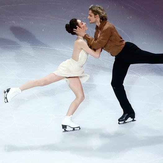 American ice dancers davis and white are they hookup