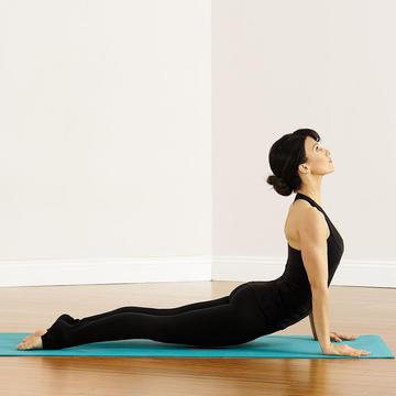 yoga poses and workout from hilaria baldwin  shape magazine