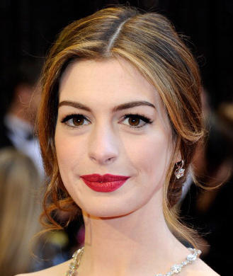 How To Get The Look Anne Hathaways Classic Hollywood Makeup