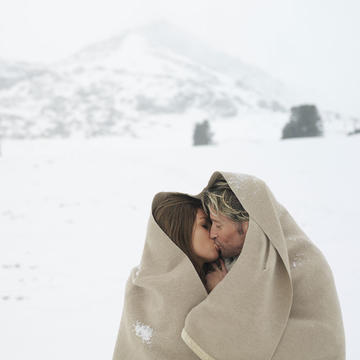 Outdoor sex in the snow