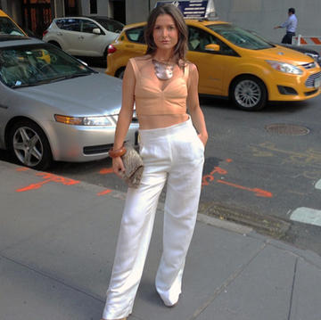 I Don T Know About You But With Labor Day Around The Corner Ve Got Wearing White On My Brain From Distressed Denim To Gauchos Pants Have Made