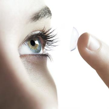 35aab85ec61 Eye Problems  9 Mistakes You re Making with Contact Lenses