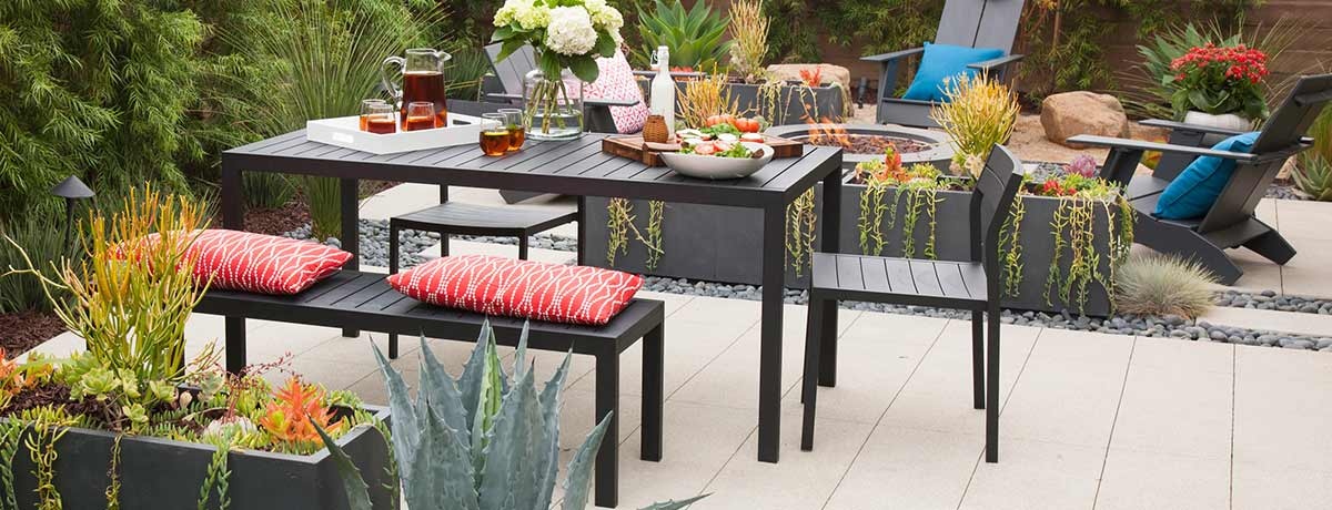 Shop more outdoor dining sets!
