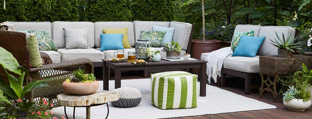 Shop more patio lounge furniture!