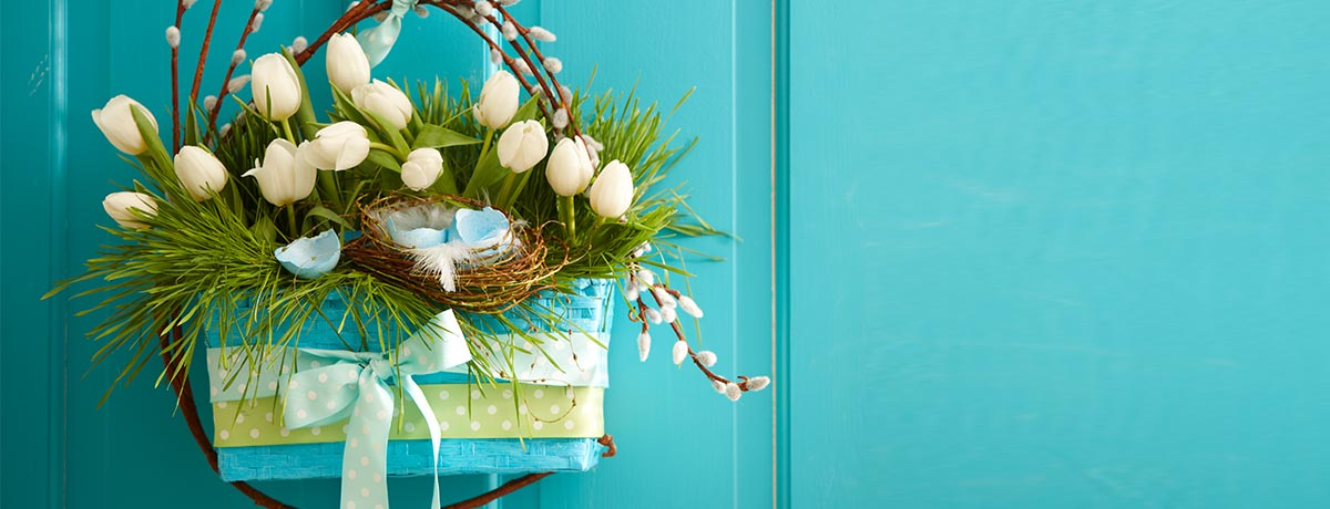 Shop more spring wreaths!